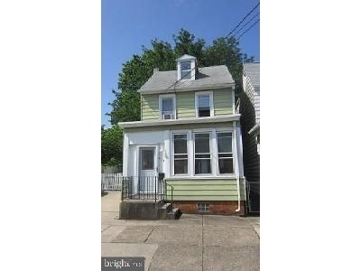 3 Bed 1.5 Bath Foreclosure Property in Gloucester City, NJ 08030 - Cumberland St