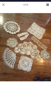 10 hand antique vintage crochet pieces. Meet or ppu in Gallatin.