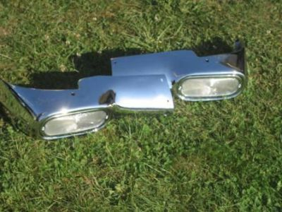 Purchase CHEVY GRILL1954 CHEVY GRILL PARK LIGHT HOUSING SET COMPLETE WITH BUCKET /BEZELS motorcycle in Urbanna, Virginia, US, for US $305.00