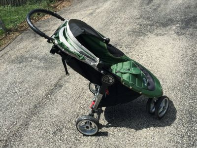 Like New Baby Jogger City Mini Stroller