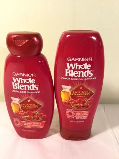 Whole blends argan oil and cranberry color care shampoo and conditioner set