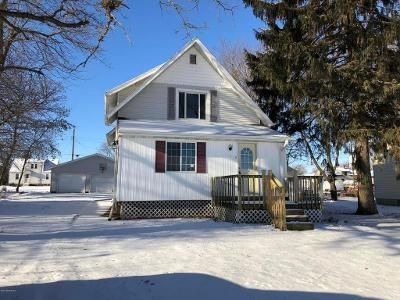 3 Bed 1 Bath Foreclosure Property in Blooming Prairie, MN 55917 - Bixby Pl