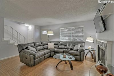 $2100 2 townhouse in Boise Northwest