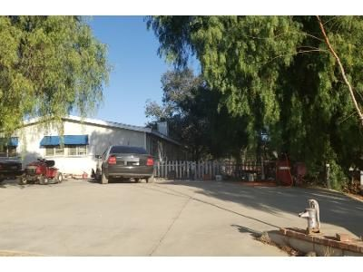3 Bed 2.0 Bath Preforeclosure Property in Santa Clarita, CA 91390 - Hierba Rd