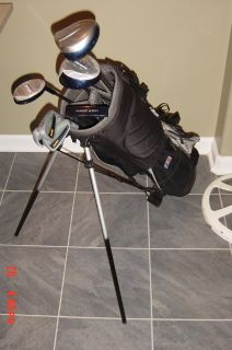 Junior RH Golf set with stand bag and extras
