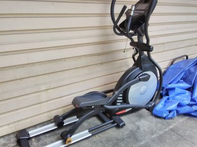 SOLE E55 elliptical stair master