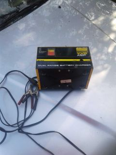 10/2 amp battery charger