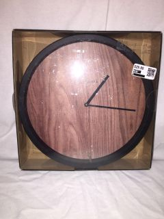 Lovely new in box wood grain pattern GoodTimes wall clock -works p4