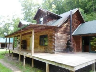 3 Bed 2 Bath Foreclosure Property in Raccoon, KY 41557 - Frozen Crk