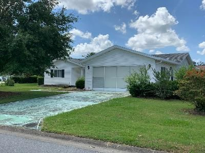 3 Bed 2 Bath Foreclosure Property in Summerfield, FL 34491 - SE 178th Pl