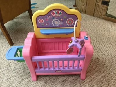 Little Tikes baby crib