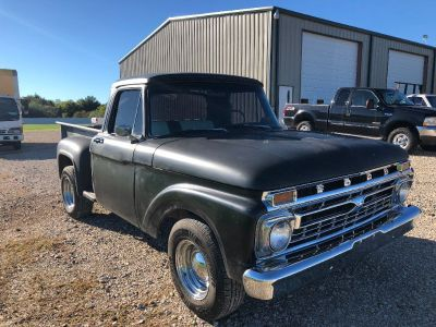 1966 Ford F100 Swb, Texas truck, Cold A/C, V8, Automatic w/ overdrive