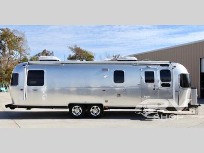 2018 Airstream Rv Classic 33FB