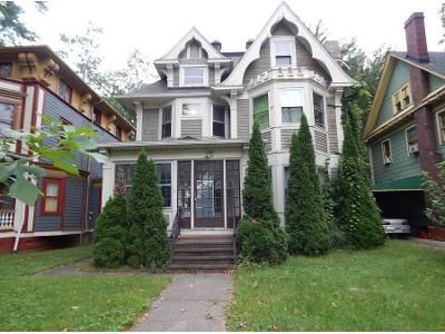 6 Bed 1.0 Bath Preforeclosure Property in Cleveland, OH 44108 - E 99th St