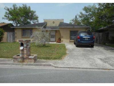 3 Bed 2 Bath Foreclosure Property in Brownsville, TX 78521 - E Cernan Ct