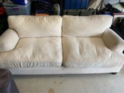 Couch Off White