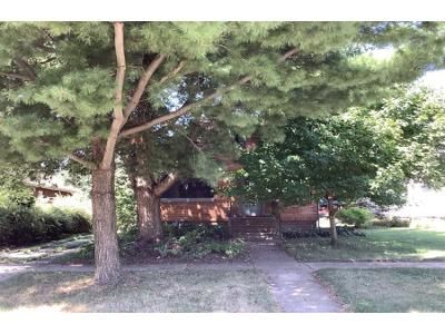 4 Bed 2 Bath Foreclosure Property in Rockford, IL 61107 - N Rockford Ave