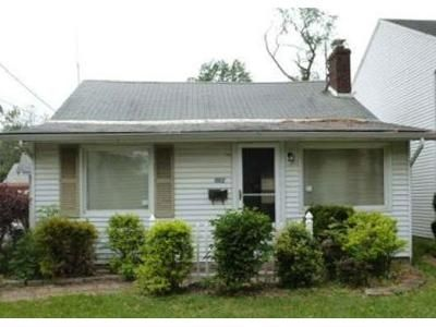 3 Bed 1 Bath Foreclosure Property in Willoughby, OH 44094 - Eaglewood Dr
