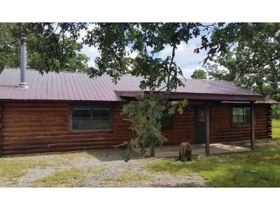 1 Bed 1.5 Bath Foreclosure Property in Meeker, OK 74855 - E Whispering Oaks Dr
