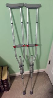 "UNIVERSAL ADJUSTABLE CRUTCHES (WALGREEN S) 4'7"" to 6'7"""