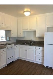 Heights - 2 Bed - Wood Floors - 1 Car Garage - Gorgeous