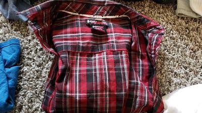 Tony Hawk button down top long dleeve