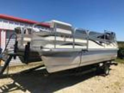 2002 Voyager Pontoons 18 Sport Cruise Deluxe