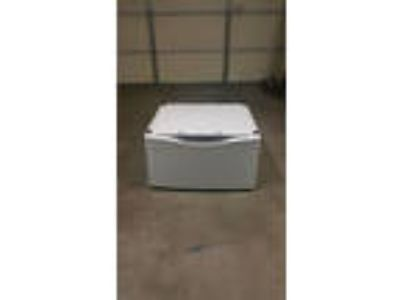 Maytag-Washer-and-Dryer-Pedestal-Base-with-Drawer