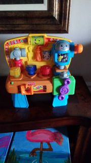 Fisher price musical, light up activity tool bench