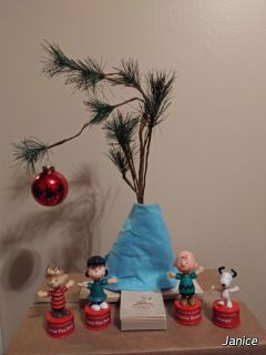 Charlie Brown musical Christmas tree. With 4 Pushpuppets bought separate. Still in original box.
