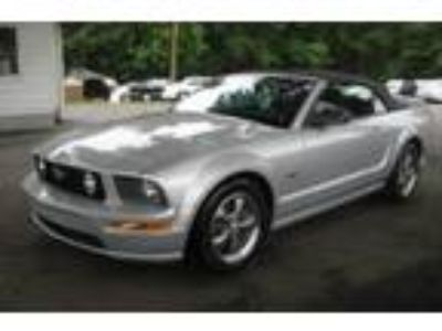 Used 2006 Ford Mustang GT Convertible