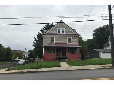 4 Bed 1 Bath Preforeclosure Property in Syracuse, NY 13206 - Teall Ave