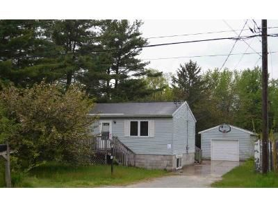 2 Bed 1 Bath Foreclosure Property in Muskegon, MI 49444 - Shettler Rd