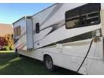 2008 Four Winds Hurricane Travel Trailer in Bow, WA