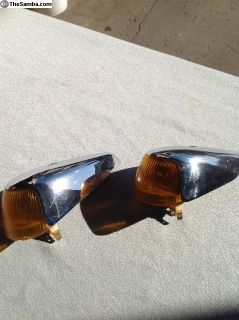 VW Bug 1964-1968 Front Turn Signals