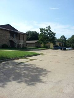 MULTIFAMILY 16 UNITS APARTMENT COMPLEX (MAKE $ 100K, HUGE POTENTIAL)  (Centerville, TX)