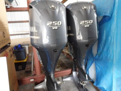 Used Yamaha 250HP 4 Stroke Outboard Motor Engine