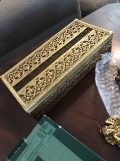 Vintage Gold filigree vanity tissue box so pretty from the 60 s ppu only