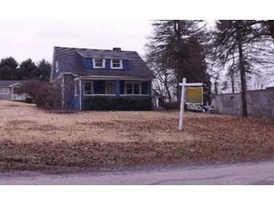 2 Bed 1.5 Bath Foreclosure Property in Monroeville, PA 15146 - Tilbrook Rd
