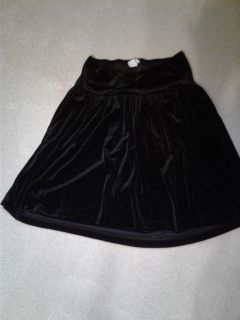 Boutique Maternity skirt. Small.