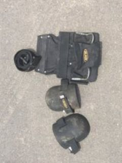 Tool Belt/Caddy with knee pads