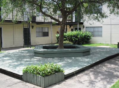 $535, 1br, Timberlake Courts features spacious 1 and 2 bedroom apartments