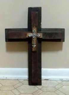 SOLID WOOD/CROSS WALL DECOR......EXCELLENT CONDITION