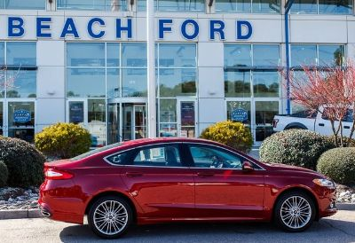 2016 Ford Fusion (Ruby Red Metallic Tinted Clearcoat)