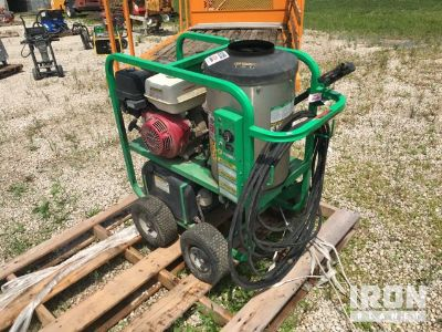 2015 Shark SGP353037 Pressure Washer