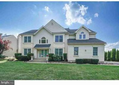 19 Winding Way Mount Laurel, Welcome home to this Four BR