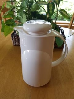 NEW insulated Pitcher