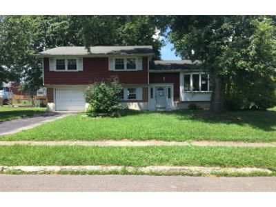 4 Bed 1.5 Bath Foreclosure Property in Blackwood, NJ 08012 - Dearborne Ave
