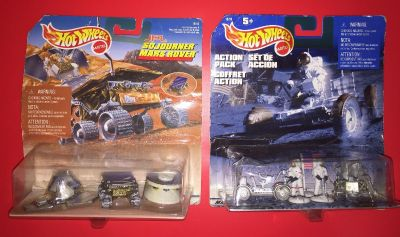 Two (2) Hot Wheels Space Figurine Packs - Brand New for Collectors
