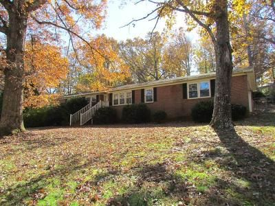 3 Bed 2 Bath Foreclosure Property in Greenville, SC 29609 - Holloway Cir